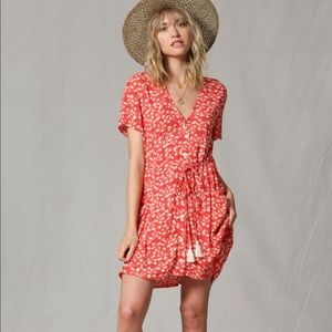 CORAL FLORAL Midi Summer Dress!  NWT. S, M or L